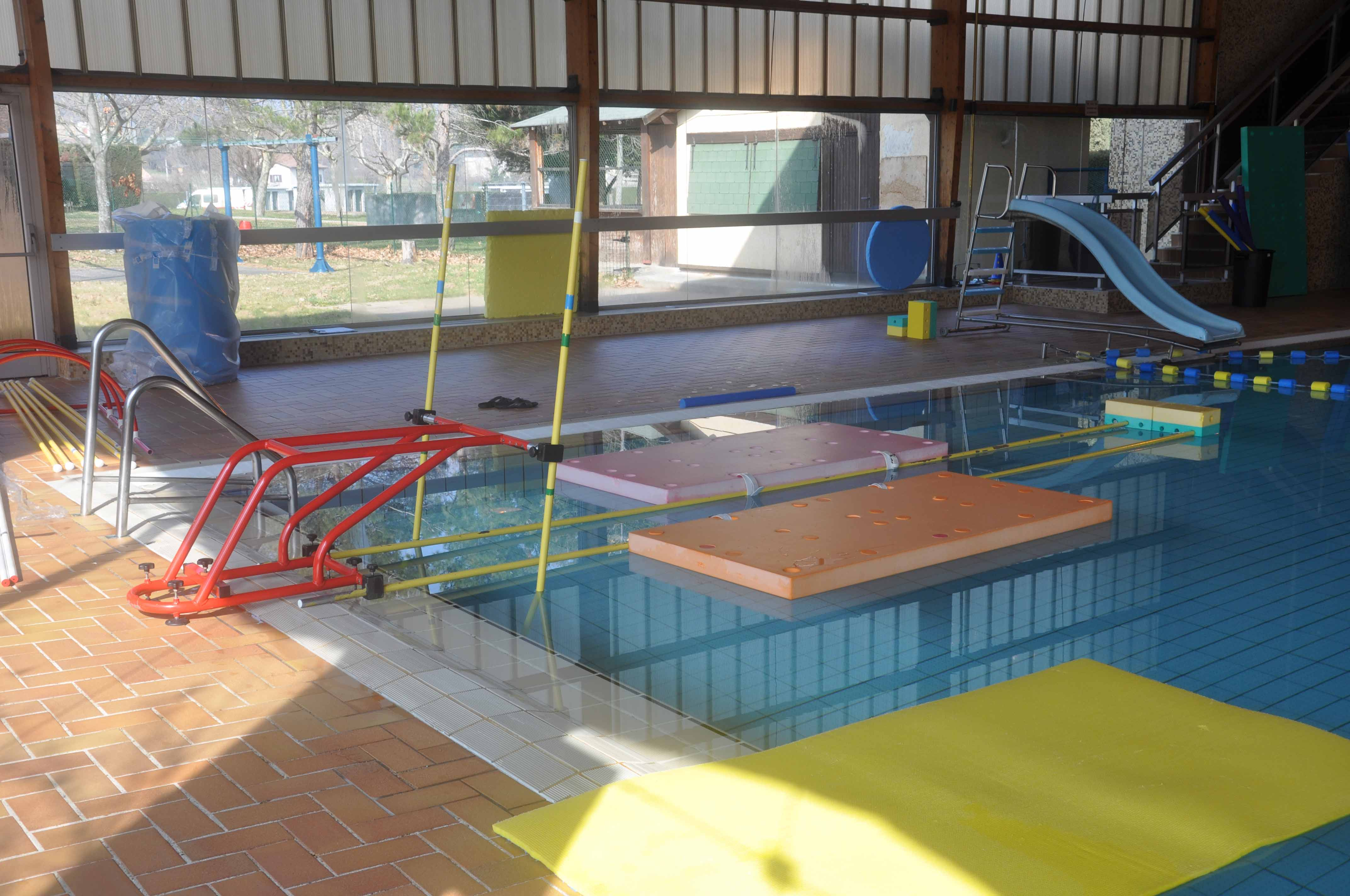 Formation pour du nouveau mat riel annonay rh ne agglo for Materiel piscine